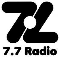 logotipo 7.7 radio